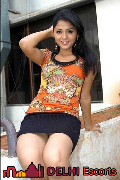 Housewife Call Girl delhi Riya Kapoor
